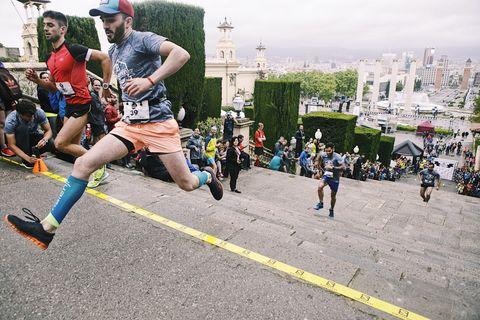 Salomon Run 2019 por las escaleras de Montjuich en Barcelona