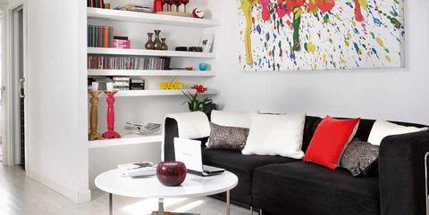 Room, Living room, Furniture, Interior design, Shelf, Property, Wall, Table, Shelving, Building,