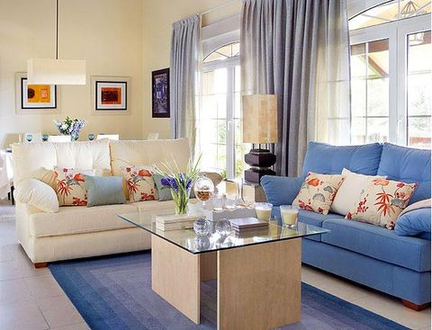 Interior design, Room, Living room, Floor, Home, Flooring, Furniture, Wall, Couch, Table,