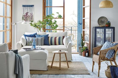 salón estilo navy blanco y azul marino