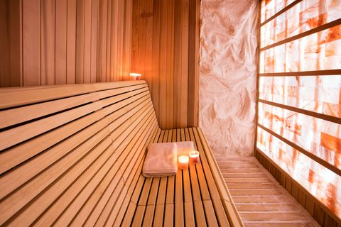 Salt room for halotherapy