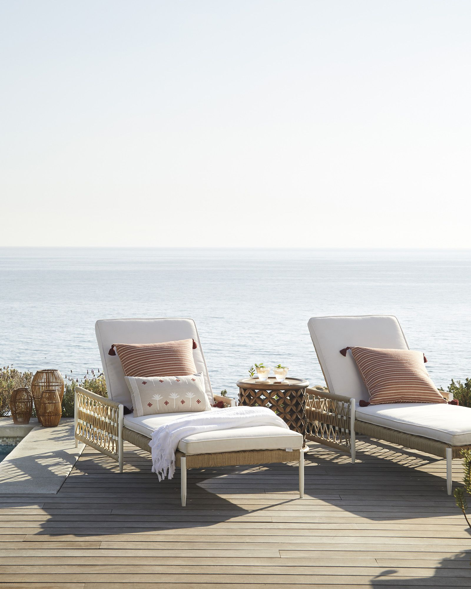 11 Best Pool Lounge Chairs In 2020 Outdoor Chaise Lounges For Pools