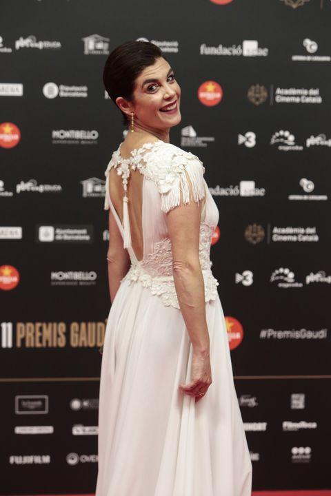Samanta Villar Se Pasea Desnuda Por Las Ramblas De Barcelona