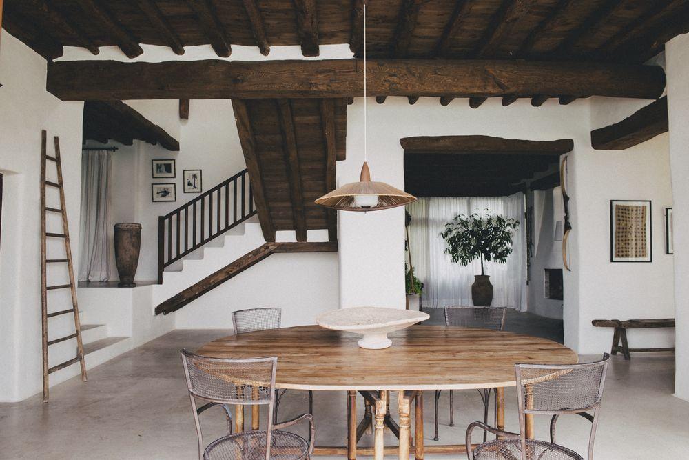 Decorator Index: Hollie Bowden