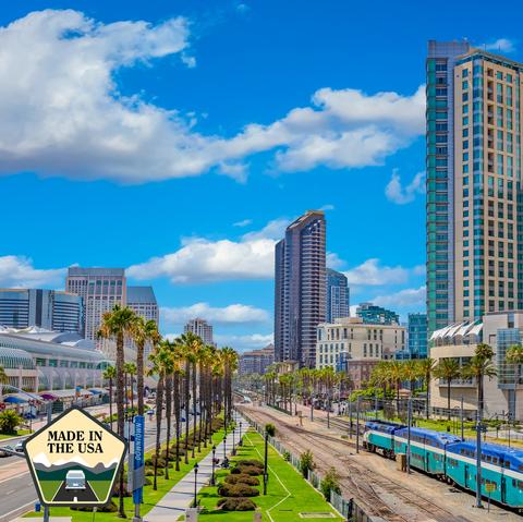 Metropolitan area, Urban area, City, Daytime, Transport, Human settlement, Sky, Cityscape, Architecture, Metropolis,