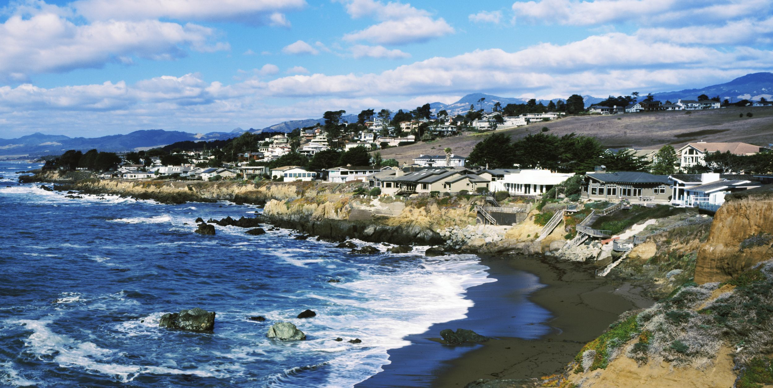 Here Are The 10 Most And Least Expensive Retirement Towns, According To Realtor.com
