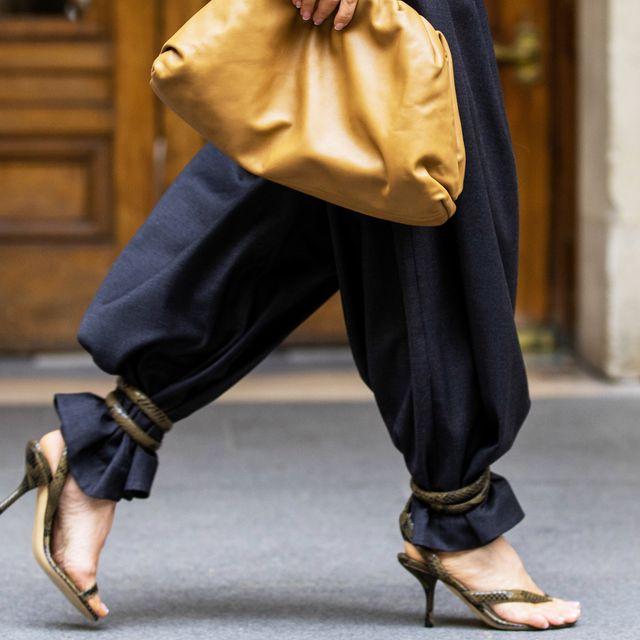 Clothing, Street fashion, Footwear, Yellow, Fashion, Leg, Outerwear, Trousers, Shoe, Jeans,