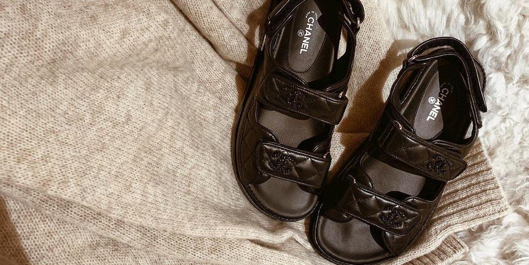 ef7966c0dd4 Así se llevan las sandalias en invierno - Dad sandals  así se llevan este  invierno las sandalias de la primavera