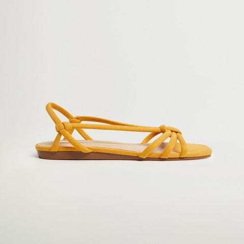 cinco pares de sandalias de mango rebajadas