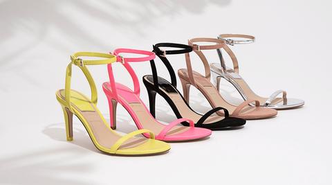Poner Beber agua Melodioso  Stradivarius tiene estas sandalias de mujer en varios tonos y a un precio  'low cost'