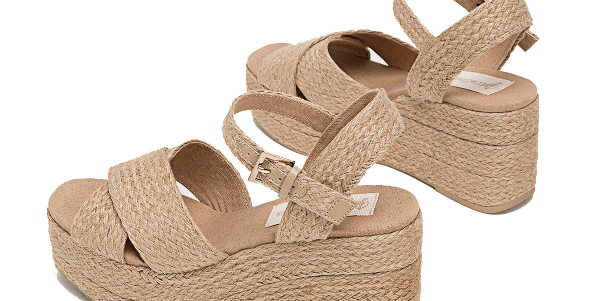 924377045ab Las sandalias con cuña de Stradivarius que van con tus vestidos de primavera