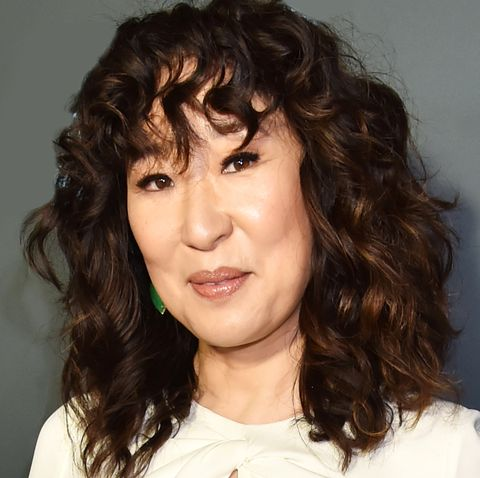 Sandra Oh S Curly Hair Routine Hair Stylist Ted Gibson S Curly