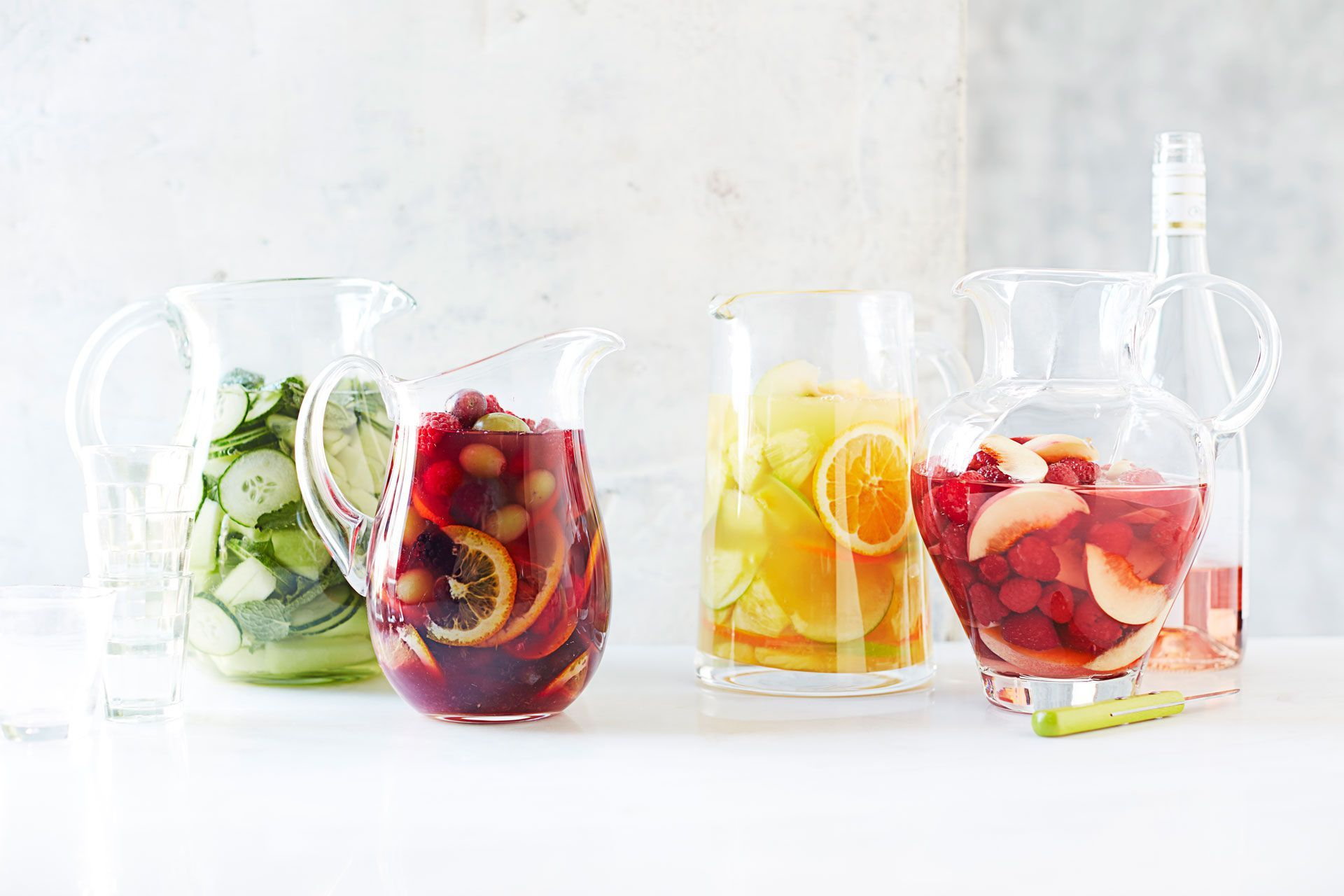 24 Best Sangrias to Sip All Summer Long - How to Make Easy Red and ...
