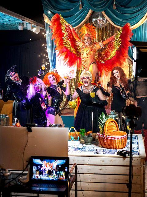 airbnb線上達人體驗 sangria and secrets with drag taste