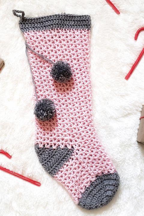 pom pom christmas stocking pattern