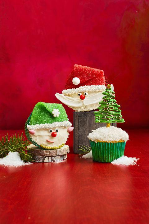 santa claus christmas cupcakes