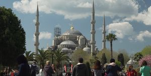 'Viajeros cuatro' visita el rodaje de 'Erkenci Kus'