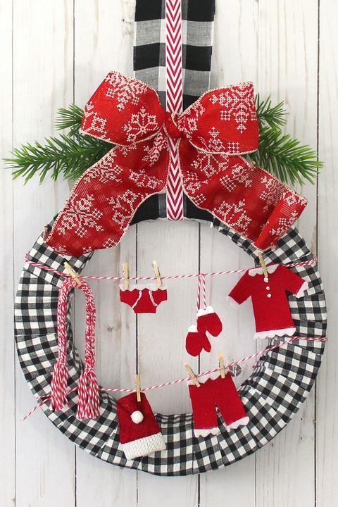 santas laundry christmas door decorations