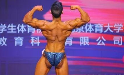 Bodybuilding, Bodybuilder, Muscle, Physical fitness, Shoulder, Competition event, Barechested, Joint, Competition, Arm,