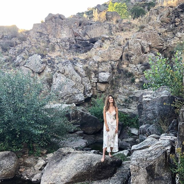 Sara Carbonero, feliz en el pueblo de Iker Casillas.