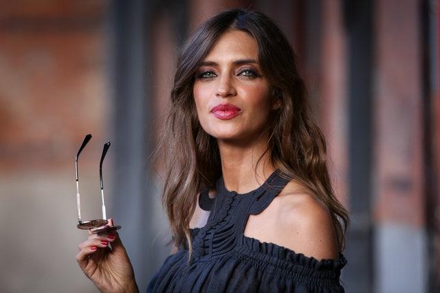 sara carbonero presents flash collection sunglasses by polaroid