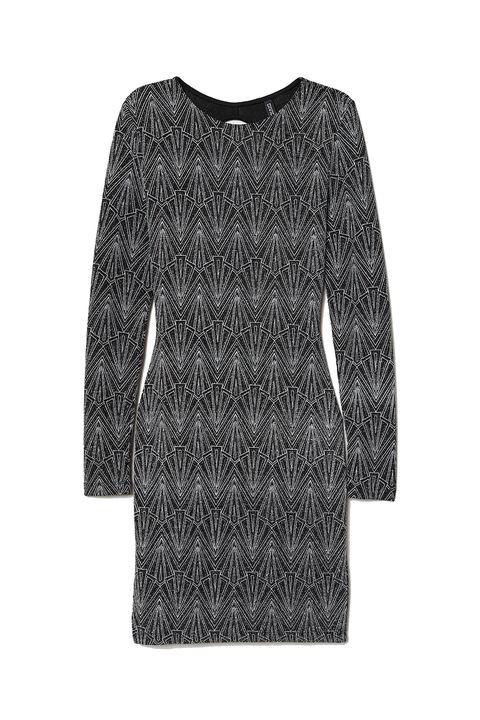 Clothing, Black, Sleeve, Outerwear, T-shirt, Top, Dress, Sweater, Blouse, Jersey,