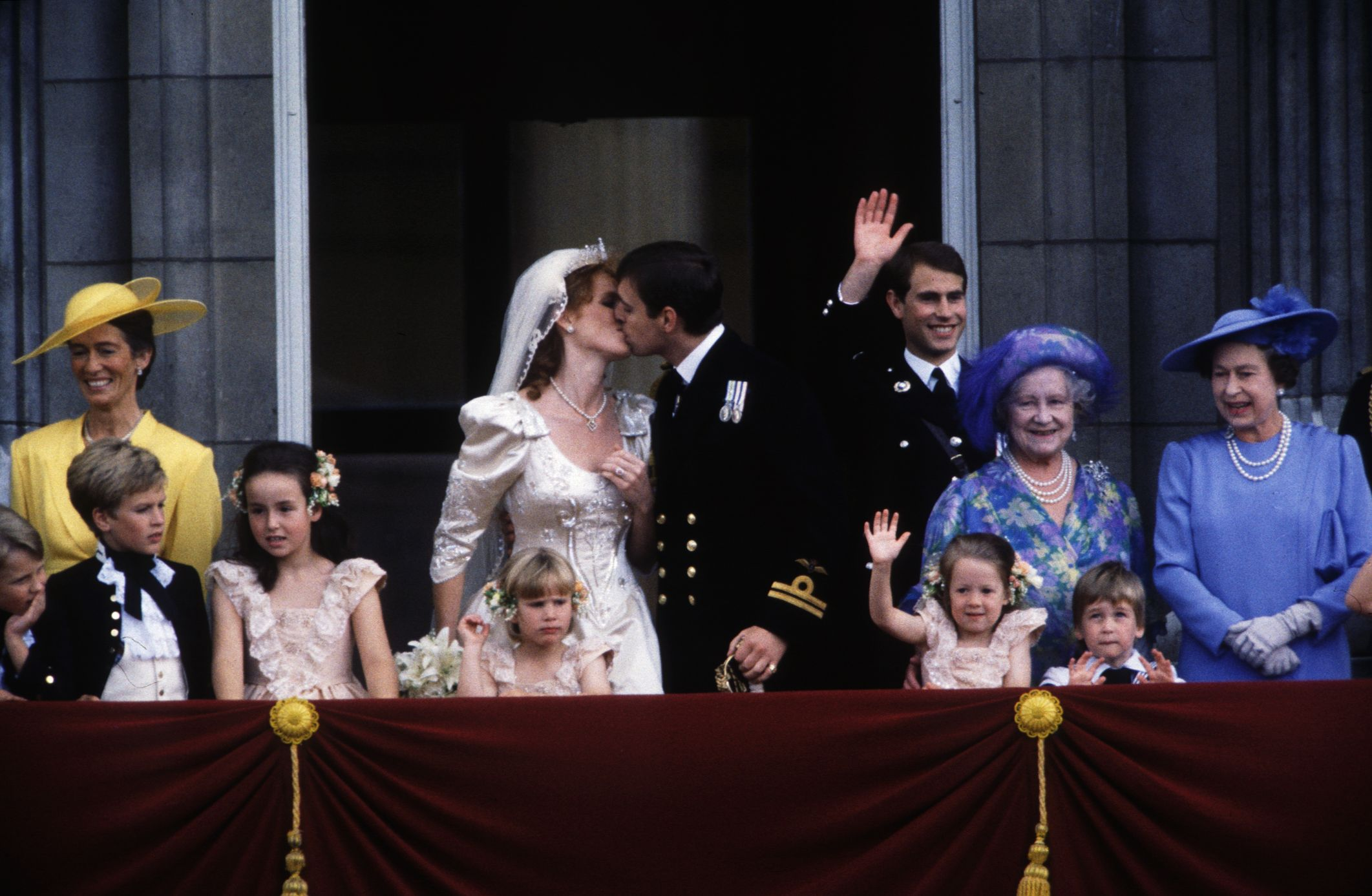 Sarah Ferguson And Prince Andrew S 1986 Wedding Still Takes The Cake