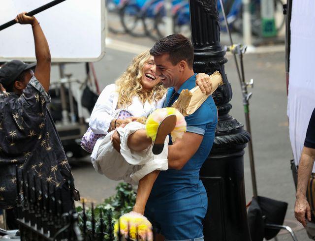 reboot de sexo en nueva york, nuevas imágenes de carrie bradshaw