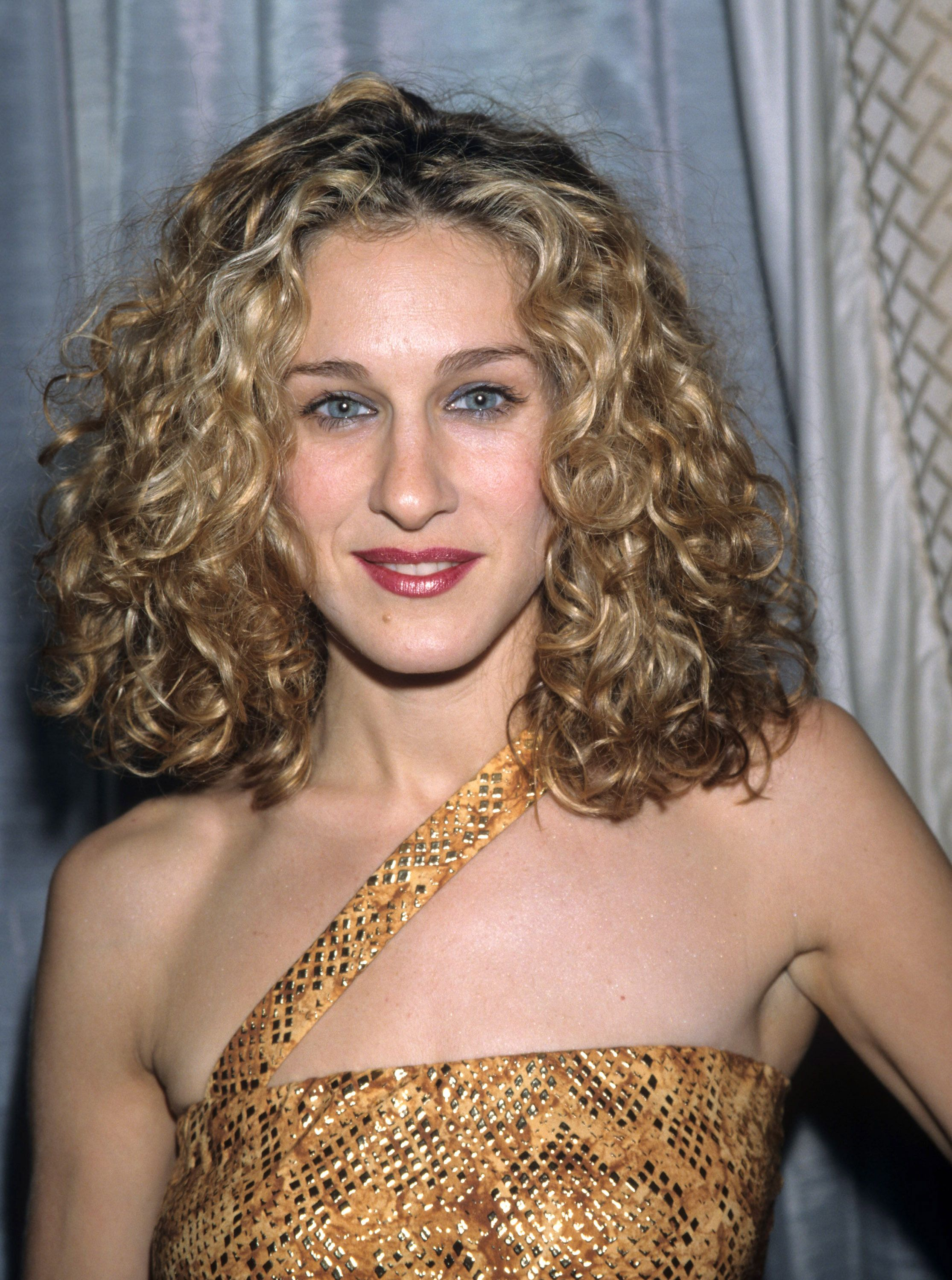 13 Trendy 90s Hairstyles That You Definitely Rocked Back In