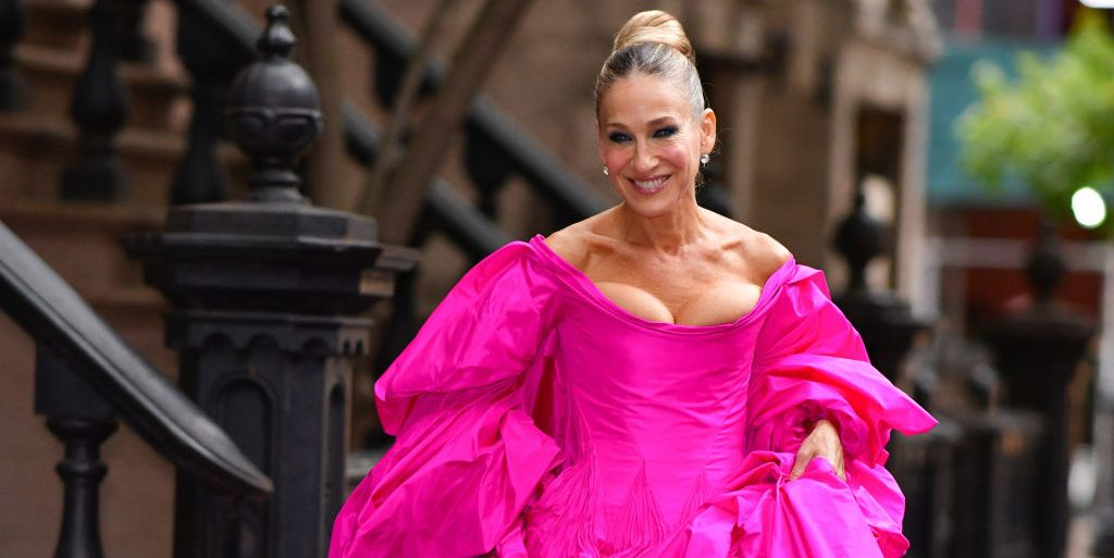 Sarah Jessica Parker Wears Pink Zac Posen Gown Mismatched