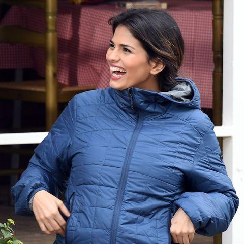 Sara Sálamo presume de embarazo en la grabación de la serie 'Brigada Costa del Sol'