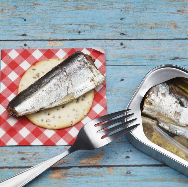 Sardines and Crackers