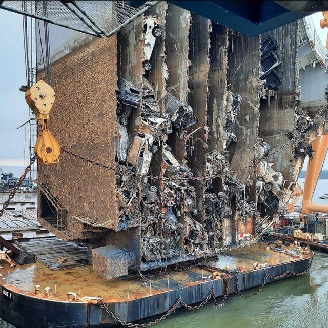 Récupération du transporteur de voitures Golden Ray après son naufrage Savannah-corps-photo-1606925608.jpg?crop=0