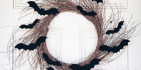87dd838f0d5c 21 DIY Halloween Wreaths - Best Halloween Door Decoration Ideas
