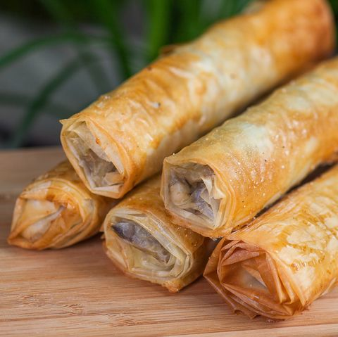 Food, Dish, Nem rán, Cuisine, Nem, Taquito, Cheese roll, Ingredient, Lumpia, Egg roll,