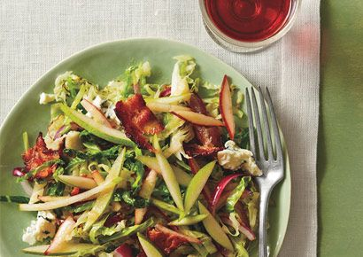 Pear Recipes: Warm Salad Of Savoy Cabbage, Bacon, And Pears