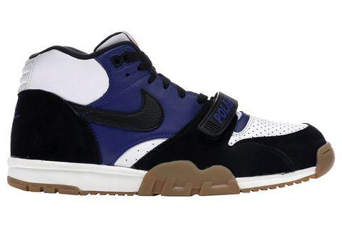 Shoe, Footwear, White, Sneakers, Black, Outdoor shoe, Blue, Walking shoe, Sportswear, Basketball shoe,