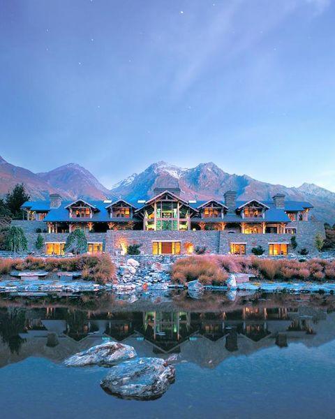 Blanket Bay Resort