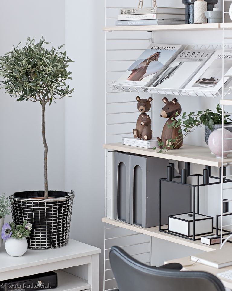A Tour Inside a Blogger's Home Office Design home office design A Tour Inside a Blogger's Home Office Design scandinavian office design 8 1492033190