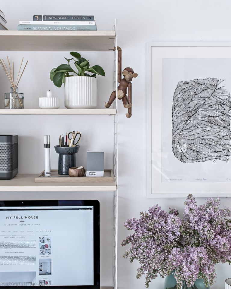 A Tour Inside a Blogger's Home Office Design home office design A Tour Inside a Blogger's Home Office Design scandinavian office design 9 1492033306