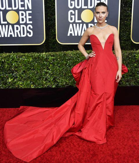 【2020金球獎】最時髦紅毯造型有這些!史嘉蕾、瑪格羅比,誰能獲選本次最會穿搭女星?