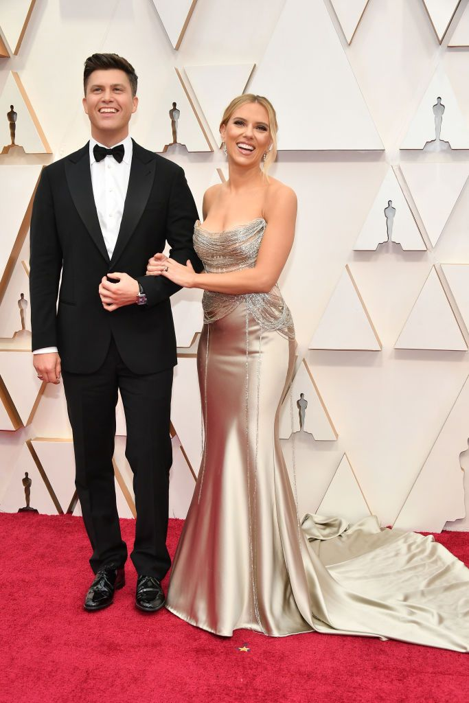 Scarlett Johansson Marries Colin Jost In Private Wedding Ceremony