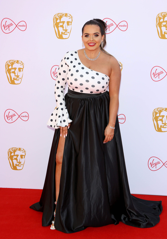 "I'm a Celebrity winner Scarlett Moffatt shares vile troll post as she calls for people to be ""a bit kinder"""
