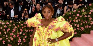 Scarpe moda 2019: le sneakers messe da Serena Williams al Met Gala 2019 sono tendenza