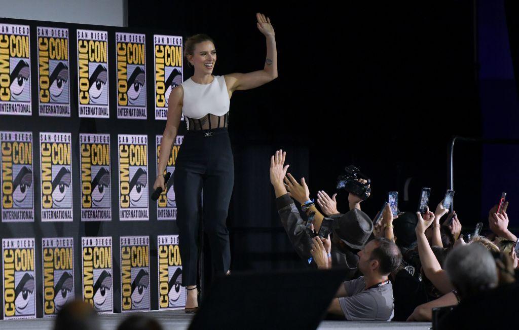 'Viuda Negra' en Comic-Con con Scarlett Johansson - Marvel Fase 4