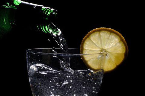 Cocktail con meno calorie, 5 motivi per non smettere di bere