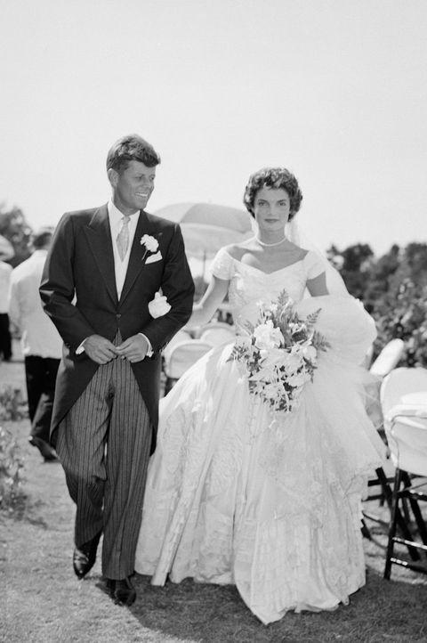 12 Hidden Details You Missed On Princess Eugenie S Wedding Dress