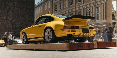 Land vehicle, Vehicle, Car, Yellow, Sports car, Coupé, Automotive design, Supercar, Ruf ctr2, Rim,