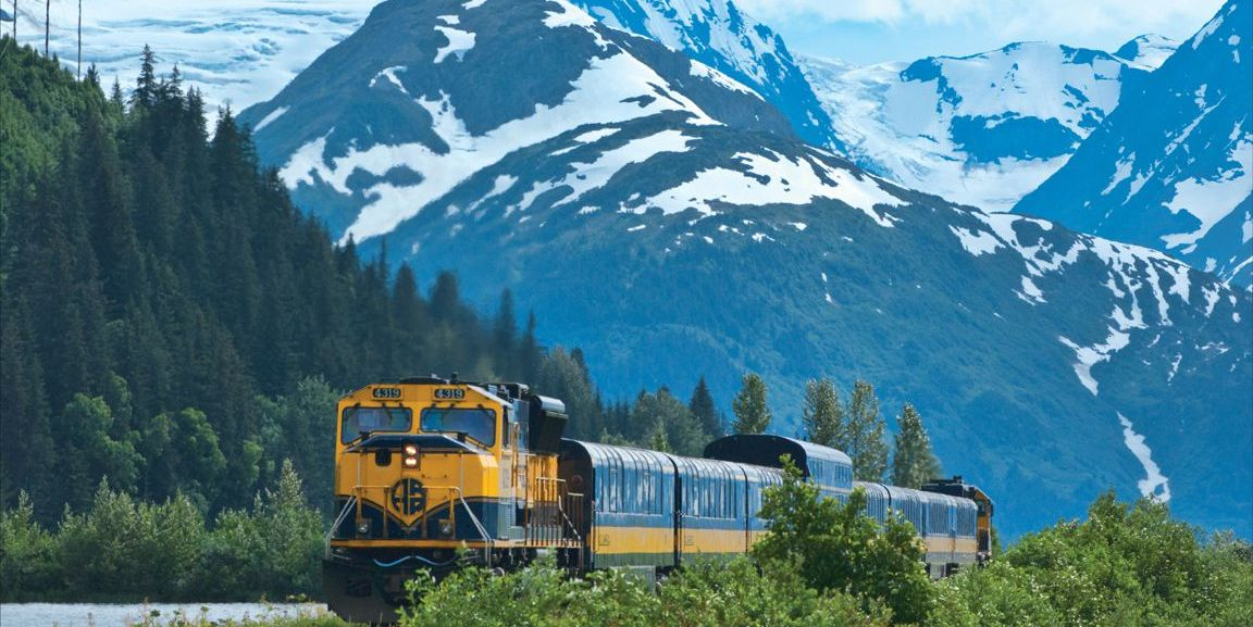 Stop Everything: Amtrak Is Having a Huge 2-for-1 Sale Right Now