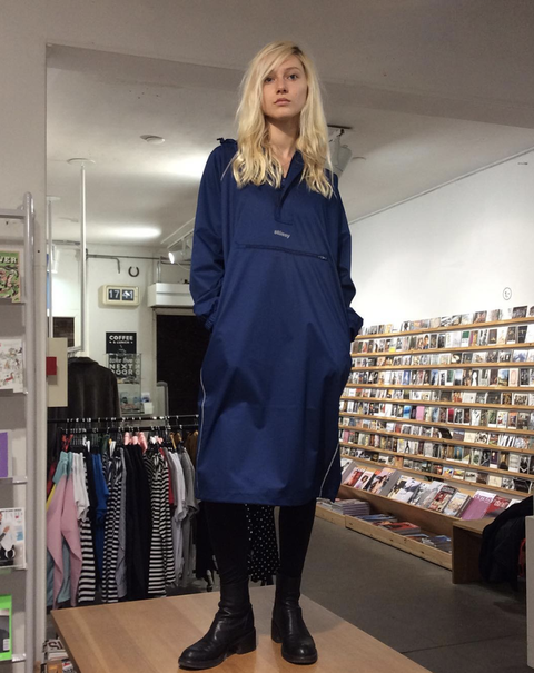 Clothing, Footwear, Fashion, Electric blue, Dress, Fashion design, Blond, Joint, Knee, Outerwear,